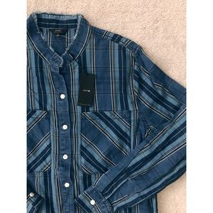 JOES JEANS• Frayed Button Down Flannel